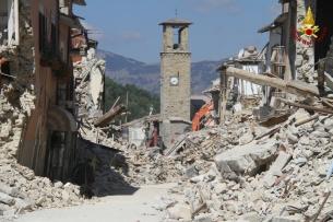 amatrice-terremoto-vigili-del-fuoco-vvff-pompieri-115_26082016-1